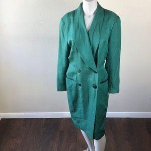 Beautiful Vintage Tahari Green Peacoat